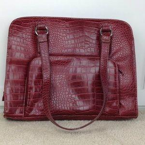 ↓ Burgundy Croc Pattern Shoulder Handbag Purse Bag